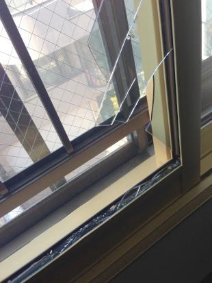 住宅・工場ガラスのイメージ